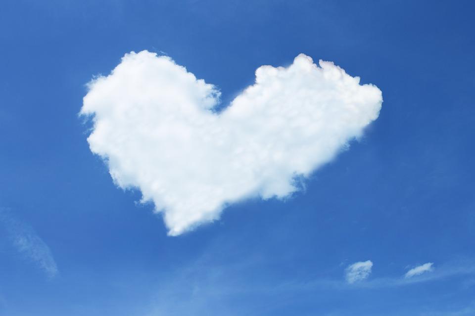nube forma de corazón
